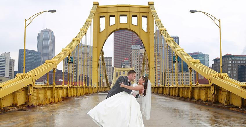 Pittsburgh wedding photography - 7th Street Bridge