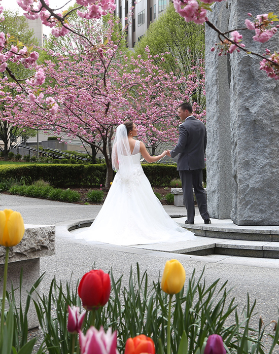 Pittsburgh wedding photography tulips