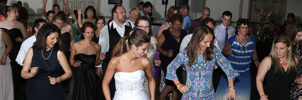 Pittsburgh Wedding DJs - Line Dance at the Raddison Monroeville